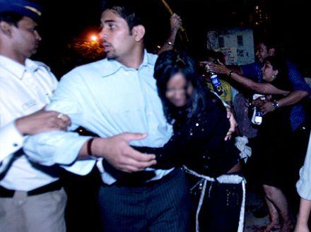 mumbai molestation3