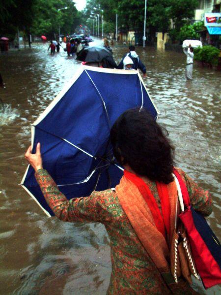 mumbai sinking 26