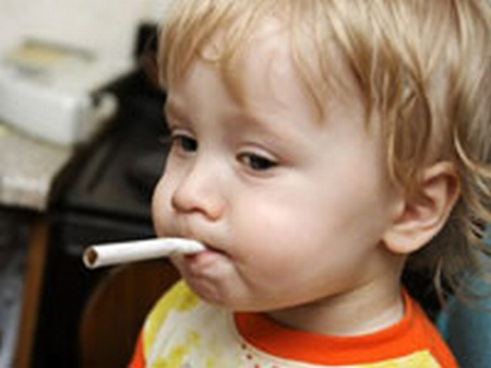 smoking child 200 sxL8p 16298