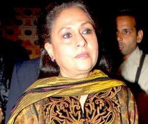 Jaya_Bachchan48