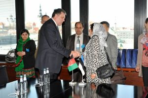 Palwasha_Kakar,_the_Afghan_Deputy_Minister_of_Women's_Affairs_met_with_the_Secretary_General_of_the_Estonian_Ministry_of_Foreign_Affairs,_Alar_Streimann._(30th_April_2012)_(6989222588) (1)
