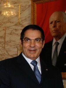 18-11-08 La Pta. CFK con el  Pte. de  Tunez D. ZINE EL ABIDINE BEN ALI