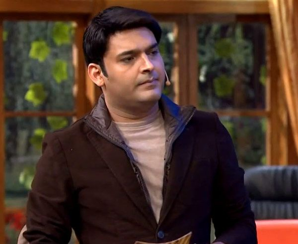 kapil-sharma-on-sets-of-comedy-nights-with-kapil-