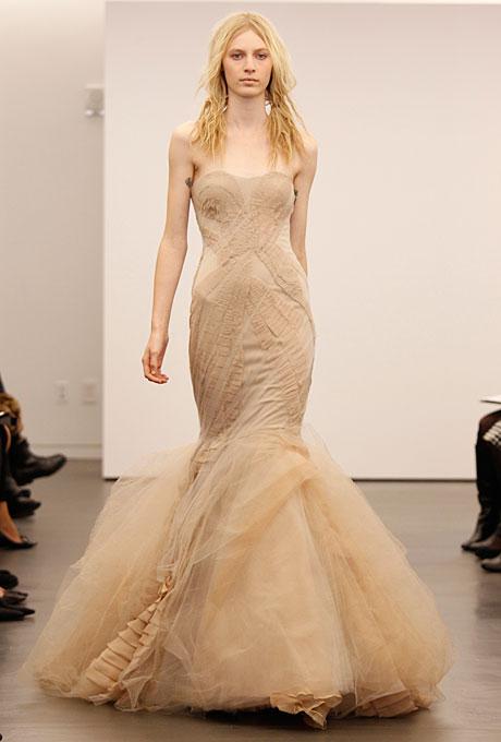 new-vera-wang-wedding-dresses-fall-2012-001