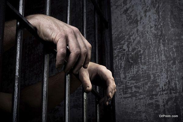 Hands of the prisoner