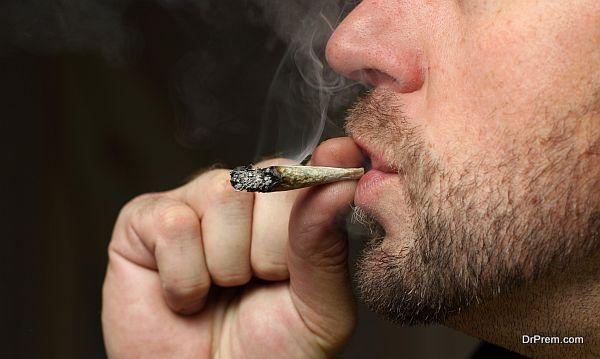 smoking cannabis (1)