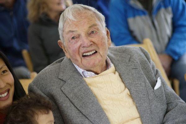 oldest billionaire
