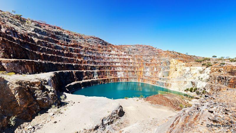 Uranium mining (