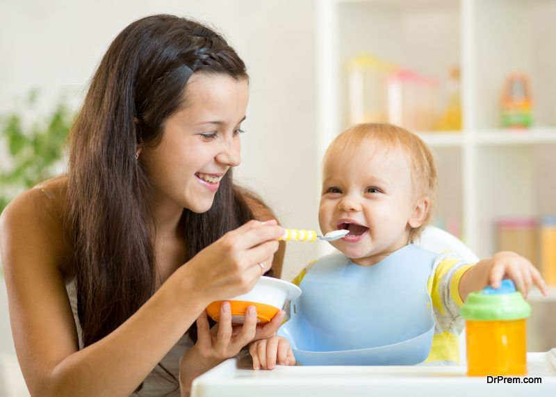 Healthy-Eating-Habits-for-a-Baby