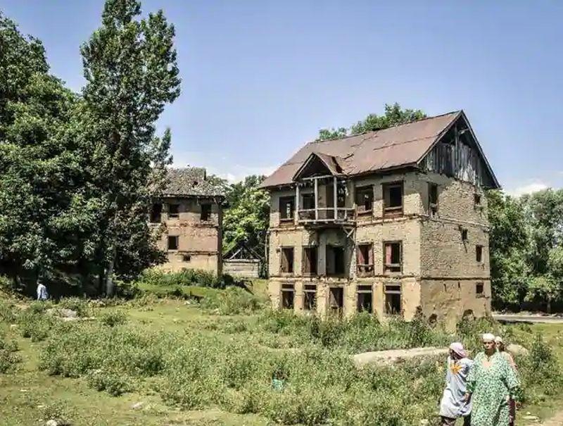 The 1990 exodus of Kashmiri Pandits