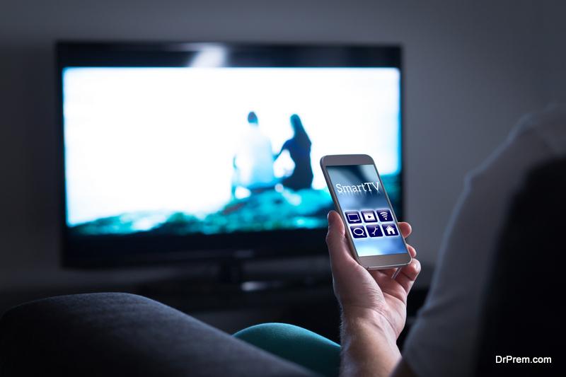 Bundling Internet, TV, and Phone