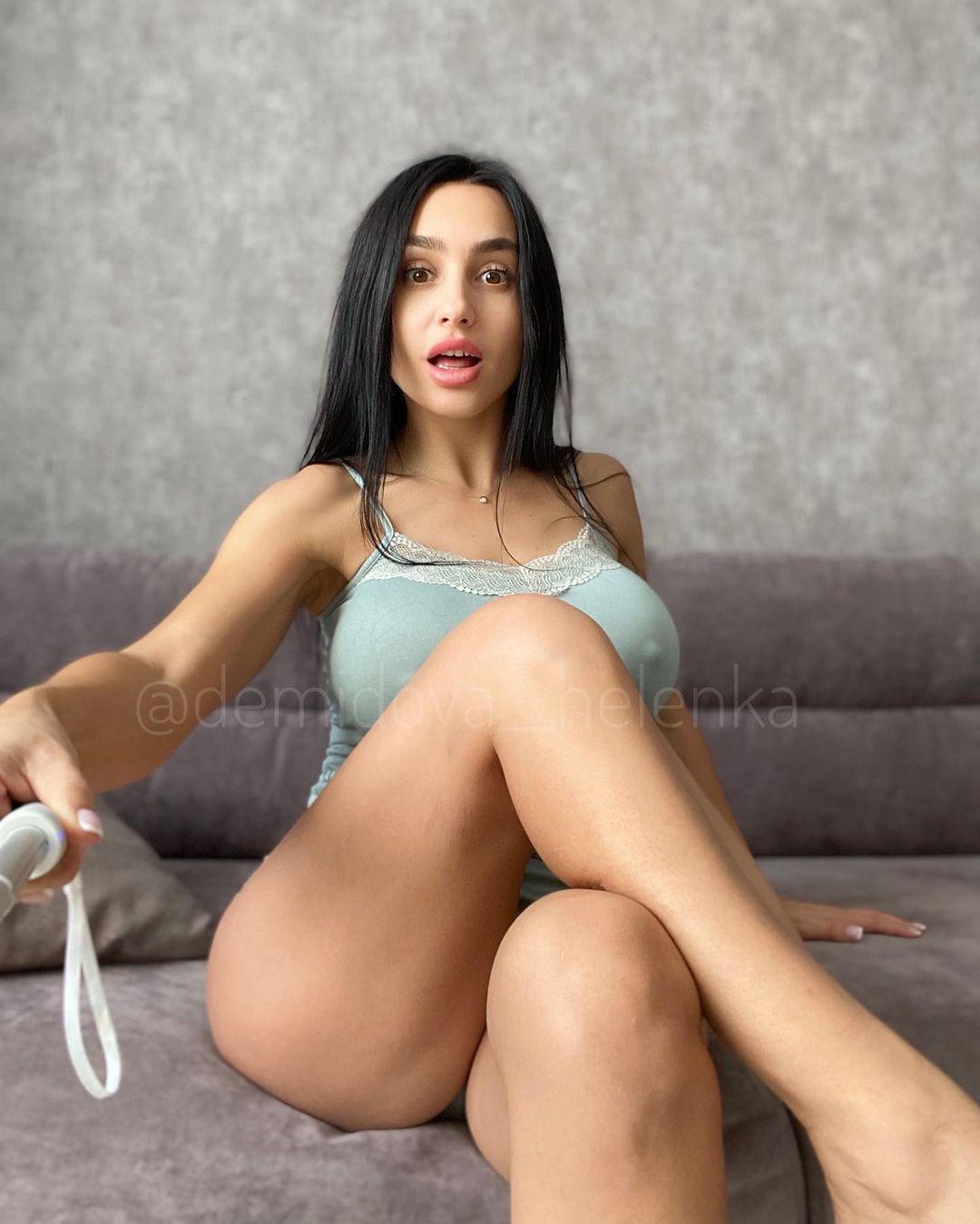 Helenka секси селфи в инсте
