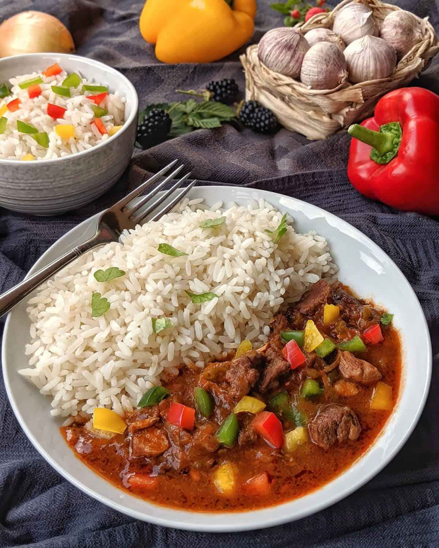 Rindergulasch mit Reis
