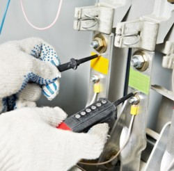 Instelecan-mantenimientos-electricos-santander-cantabria