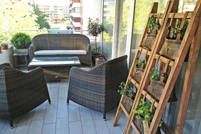 Cmo instalar una huerta vertical pequea en el balcn o terraza