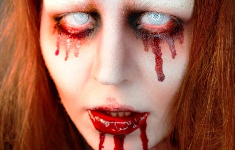 15 Creepy Halloween Blood Makeup Ideas For You  Instaloverz