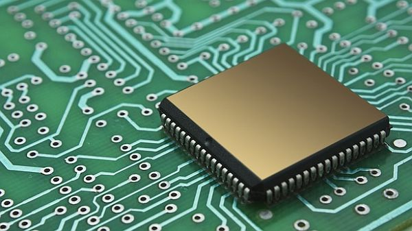 Computer-chip-via-Shutterstock
