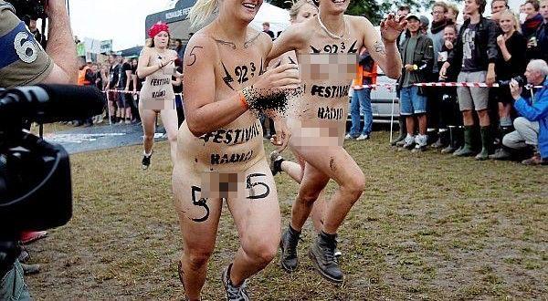 The Naked Run of Roskilde Festival (2)