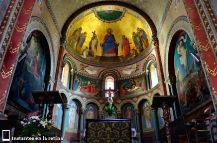 Interior de la Église Sainte-Croix