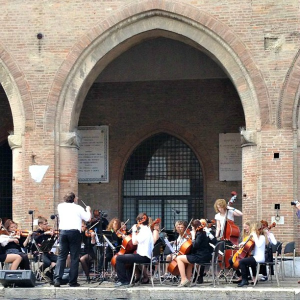 A relaxing holiday in Rimini, Piazza Cavour