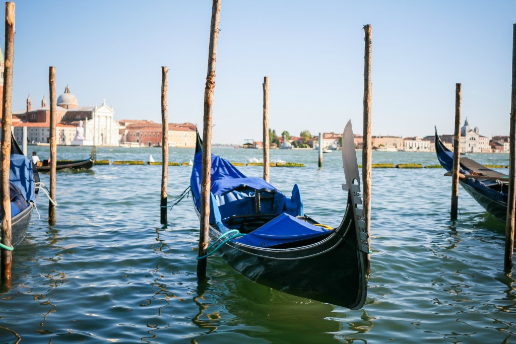 Italy Your Own Way is a travel guide customized especially for you