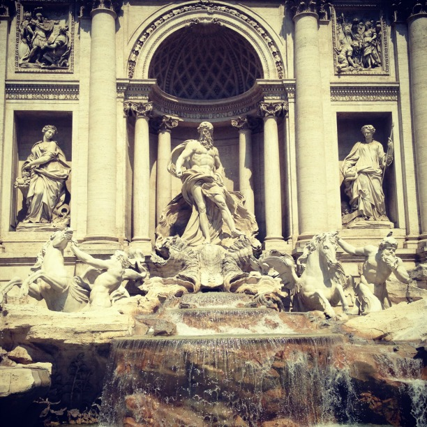 Rome in one day, Trevi Fountain