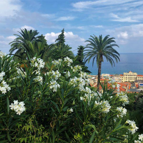 Villa della Pergola: a view of the sea