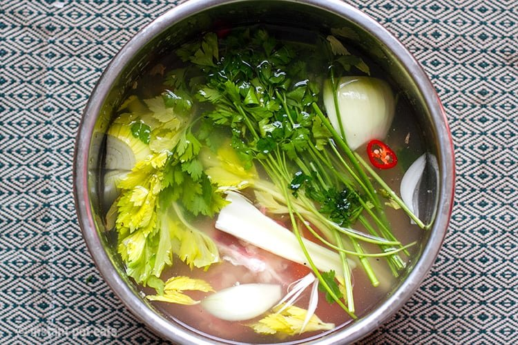 Ingredients you need for the pressure cooker bone broth