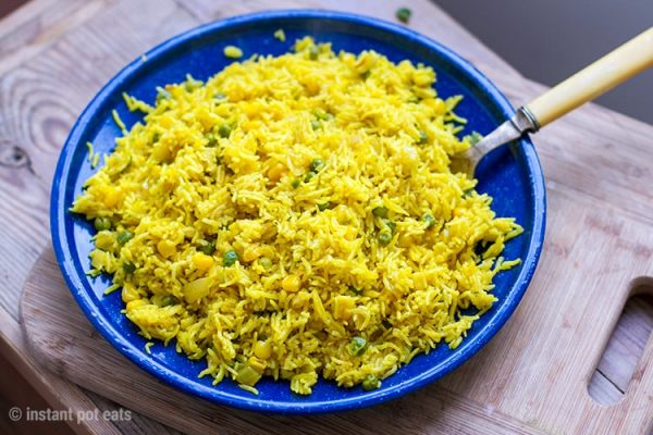 Instant Pot Yellow Rice With Peas & Corn