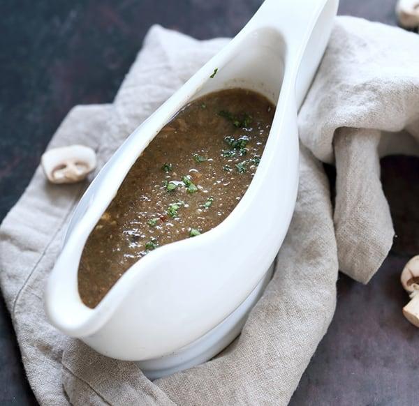 instant-pot-vegan-mushroom-gravy