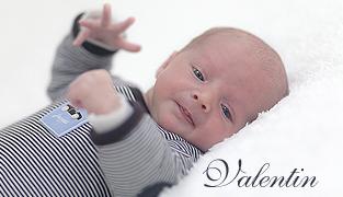 Photographe nouveau-né Paris | Valentin 18 jours
