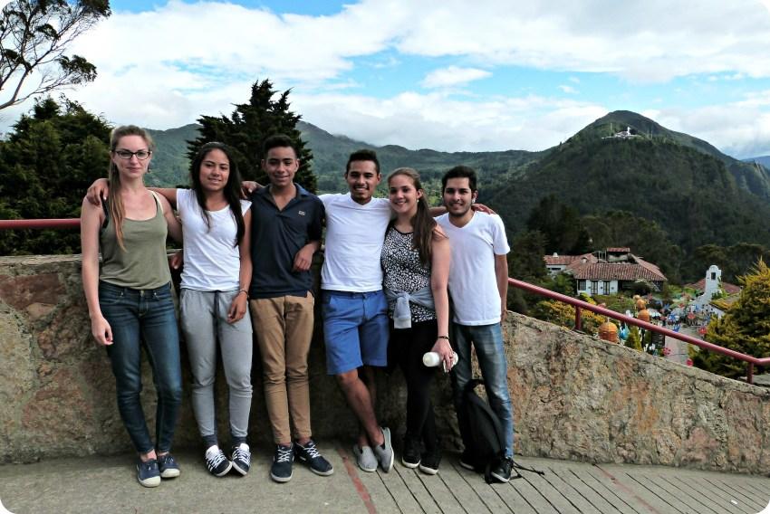 Moi et les cousins de Charles tout en haut de Monserrate à Bogotá
