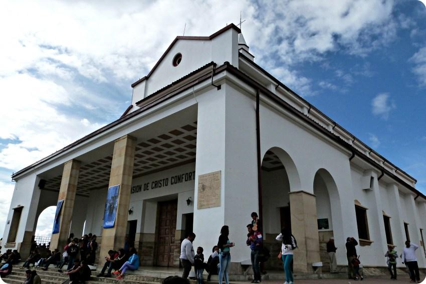 Iglesia en lo alto de Monserrate en Bogotá