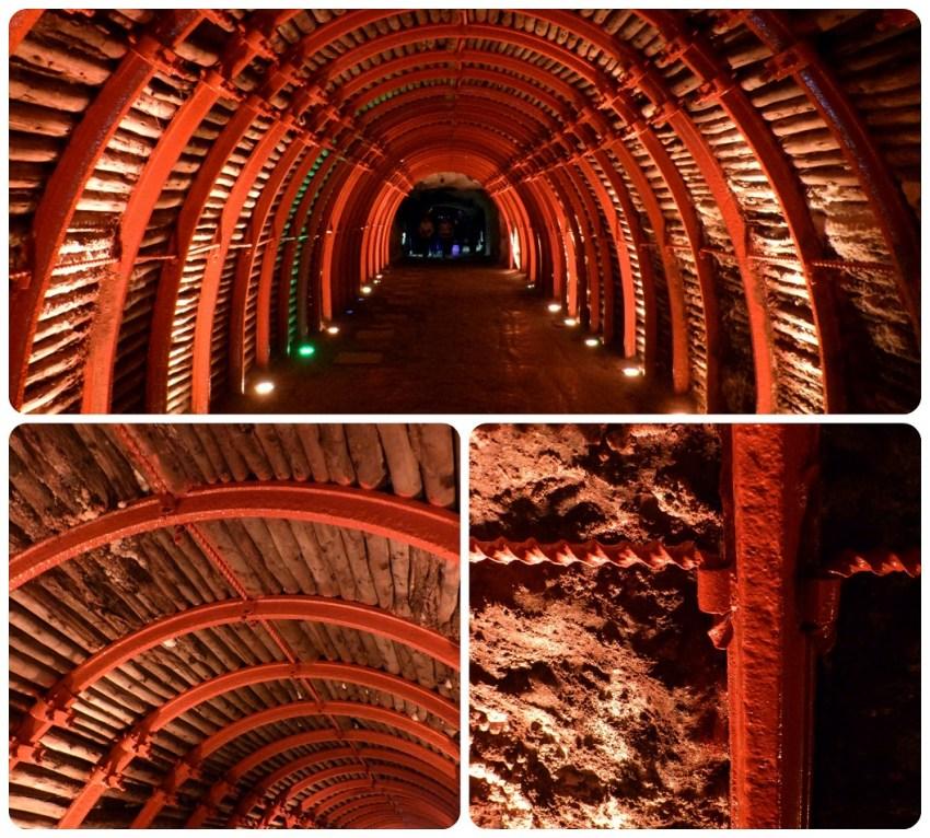 Estructura roja en hierro forjado del túnel de la catedral de sal de Zipaquira