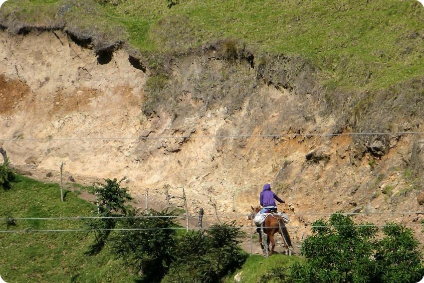homme à cheval à Aguas Tibias de Coconuco