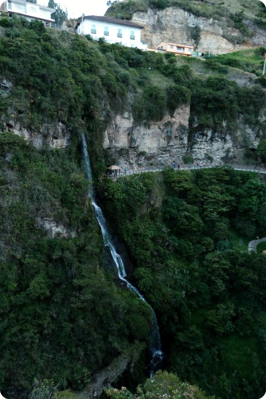 cascade au Santuario de las Lajas de Ipiales
