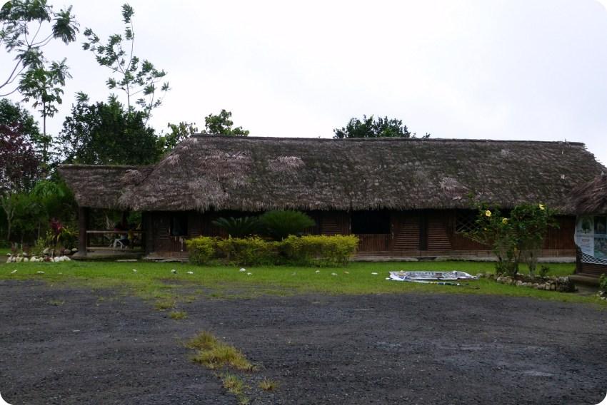 Maison commune des Tsachila à Santo Domingo de los Colorados