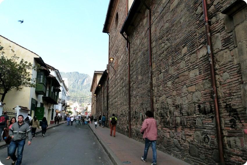 calle del centro histórico de Bogotá