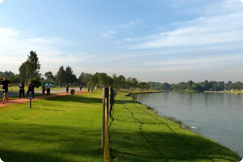 lago del Parque Metropolitano Simon Bolivar de Bogotá