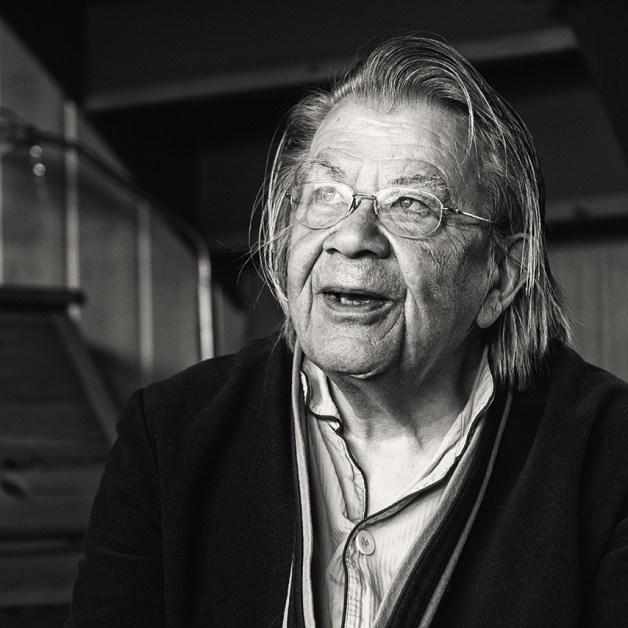 Eduard als man (77)