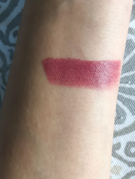 favorite festive lipstick shades for the holiday season