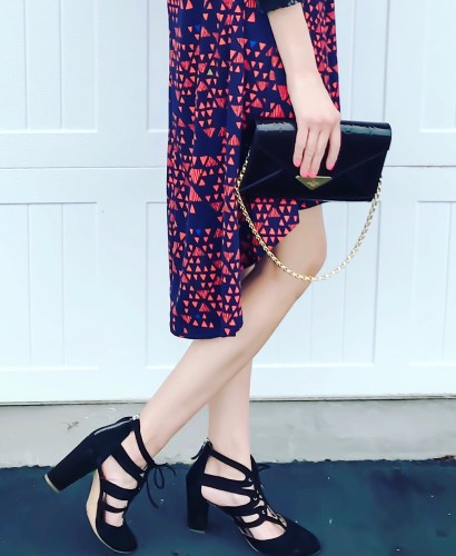 10 ways to wear the lularoe carly dress- fi