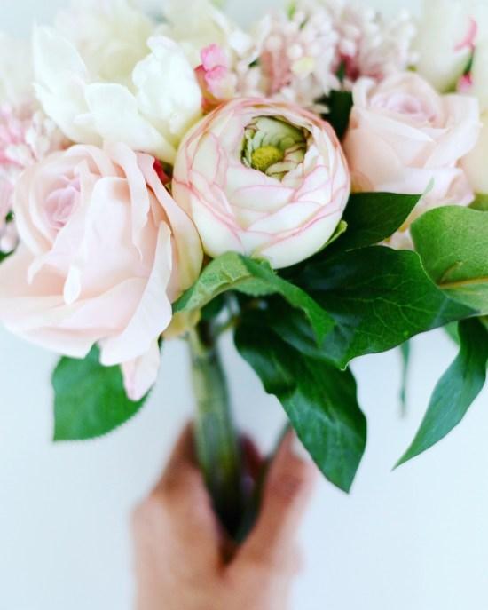 Silk Flowers from commercialsilk.com