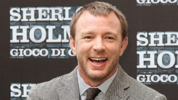 guy-ritchie-king-aurthor.jpg