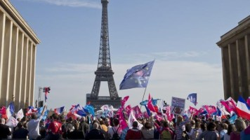 parisgaymarriageprotest.jpg