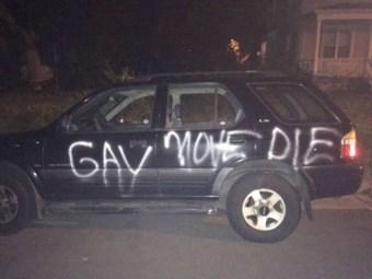 gay-move-die-1509797900-1509797902.jpg