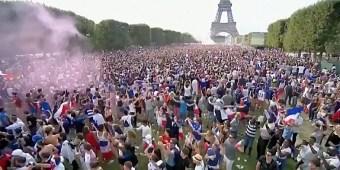 France-celebrates-WorldCupWin.jpg