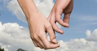 holdinghands1.jpg