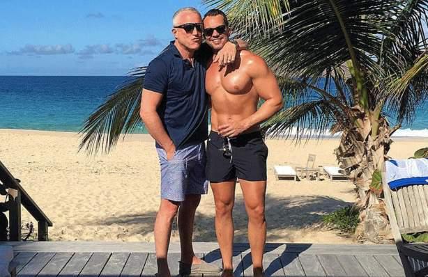 Wealthy gay men