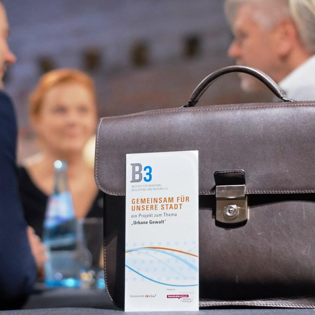 "Rückblick: Auftaktveranstaltung zum Modellprojekt ""Urbane Gewalt"" (30.11.2016)"